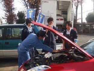 自動車整備の分野の体験授業